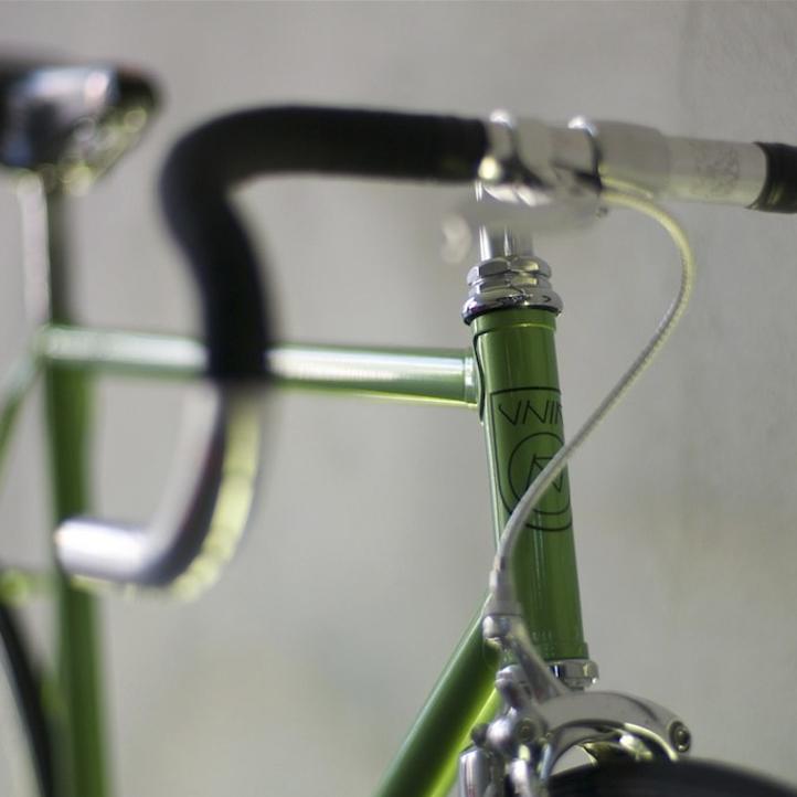 unik bikes logo