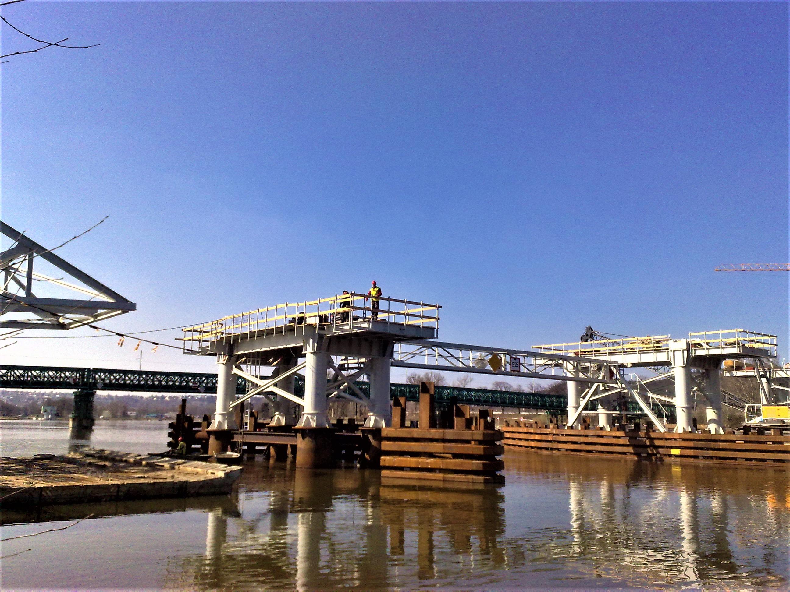 Trojsky most 1