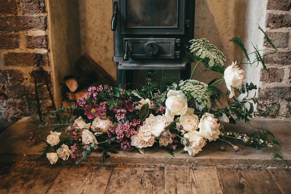 kent wedding florist roses table arrangement top table