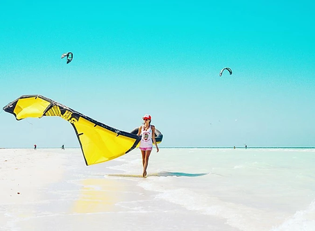 These 5 reasons will make you stay at Las Nubes if you love kitesurfing