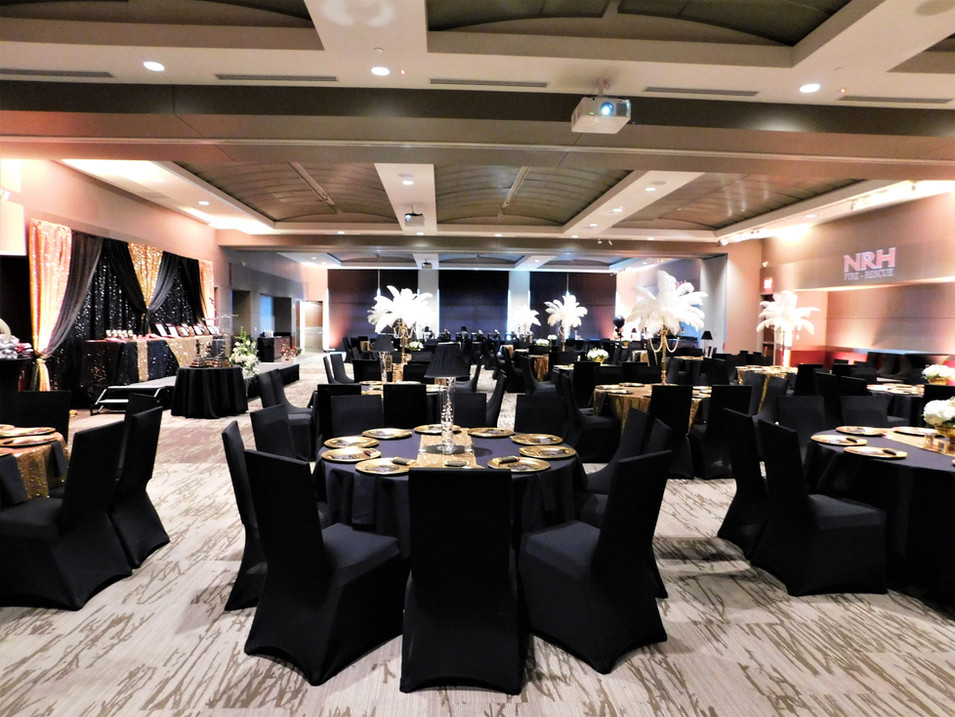 Grand Hall banquet with custom deocrations