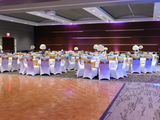 Reception seating with dance floor in Grand Hall
