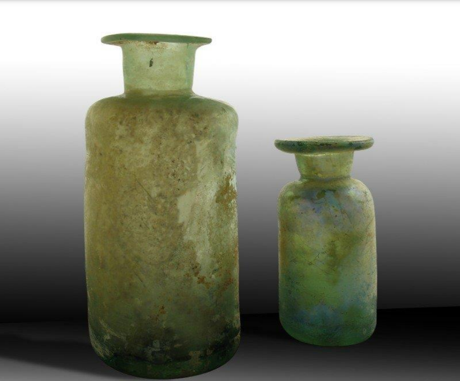 """These early 18th century examples (2.82"""" and 1.73"""" tall) were found in the filled cellar of a structure called the Priest's House at the Chapel site in St. Mary's City"""