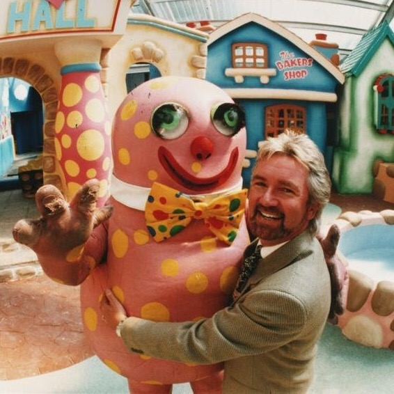 Mr Blobby and Noel Edmonds at Cricket St Thomas