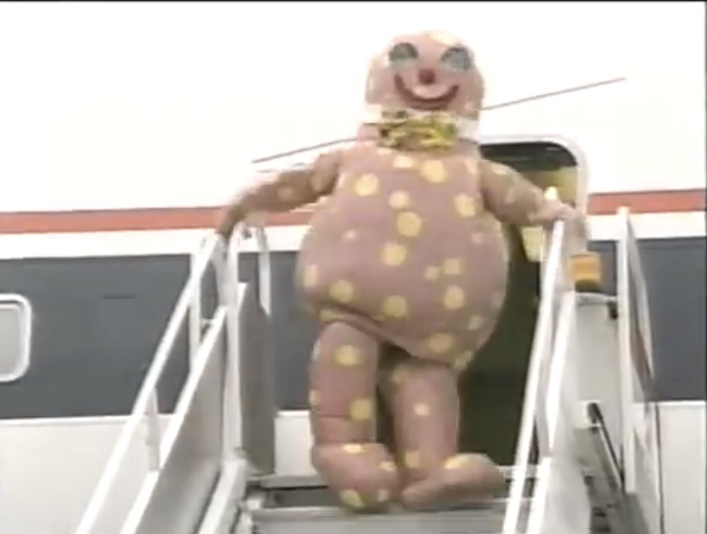 Blobby Evacuates the Plane