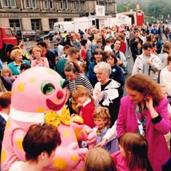 Mr Blobby greets fans