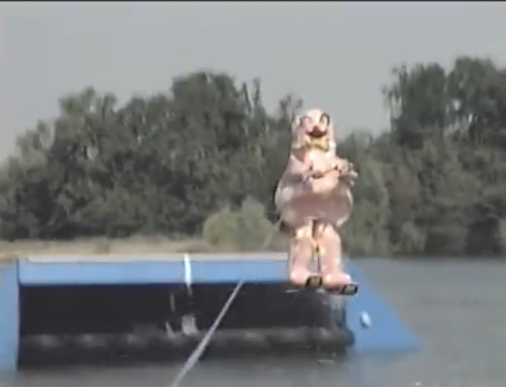 Mr Blobby goes Water Skiing