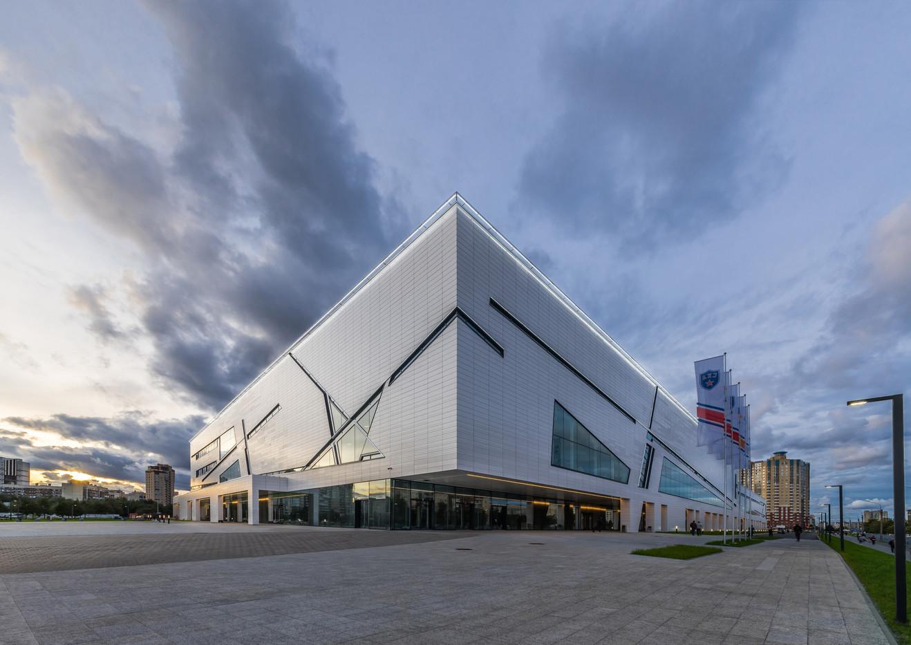 Hockey Arena of club SKA. St. Petersburg. Russian Avenue. 2017. Хоккейная арена клуба СКА. Санкт-Петербург. Российский проспект. 2017.