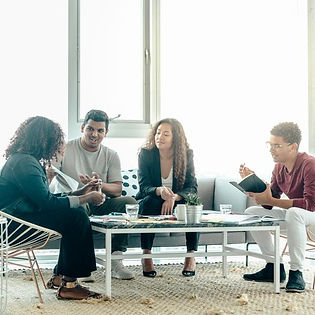 team-brainstorm-meeting-in-bright-sunny-