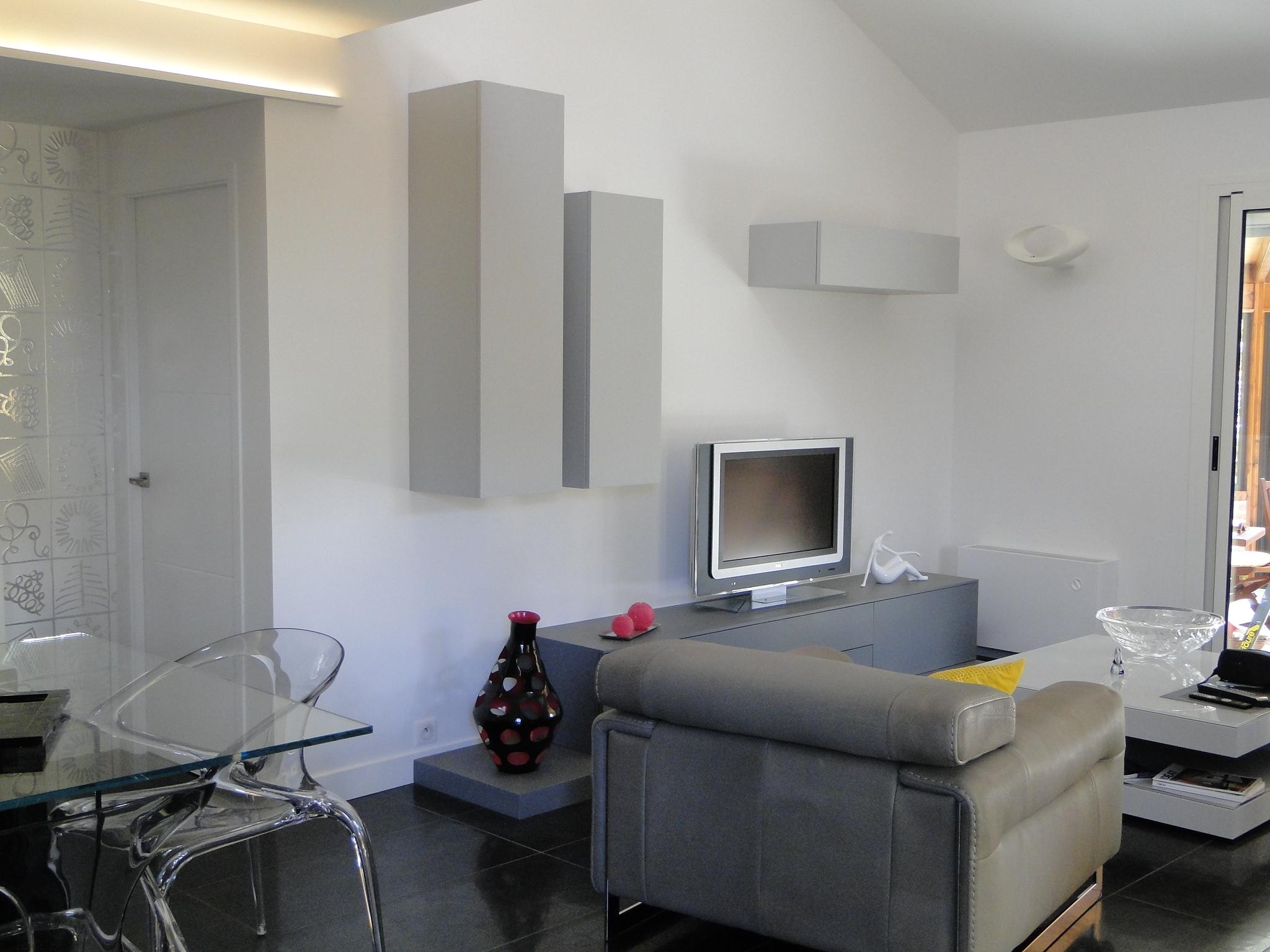 Meuble TV + Colonnes
