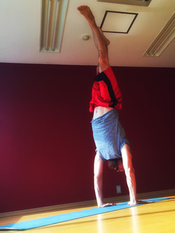 David France almost in Handstand