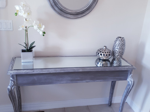HOME SELLING TIPS STAGE YOUR ENTRYWAY TO SELL YOUR HOME!