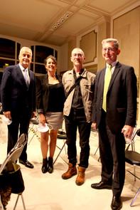 Le maire M. Jacques Kossowski + Alexandre Vaudois Resp. dvlpt CCi Commerce 92 + W+m fremon