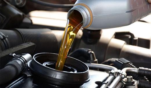 cambio-olio-auto-venezia.jpg