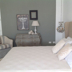Deluxe letto king size bed