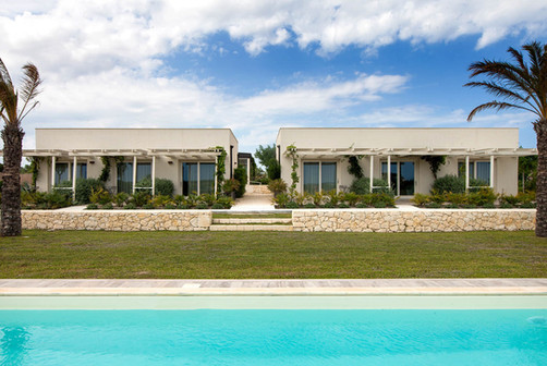Camere fronte piscina - rooms pool view