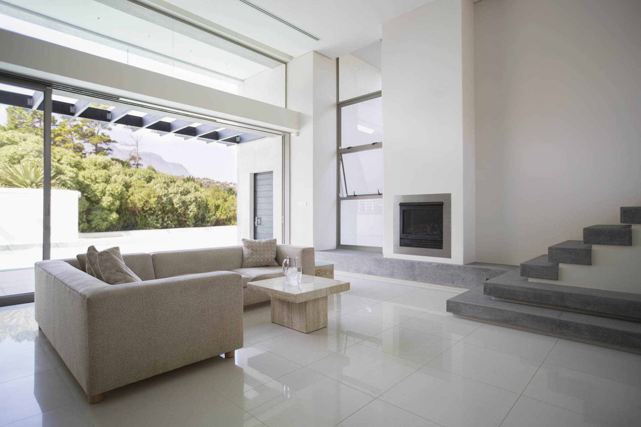 130543209-modern-living-room