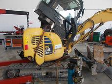 Riparazione in officina macchine movimento terra e veicoli industriali