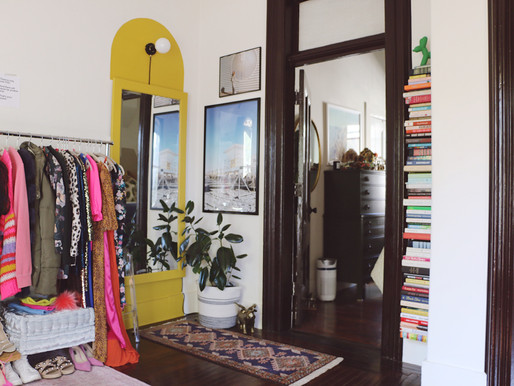 DIY Floating Bookshelf