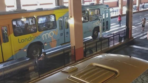 Ônibus têm horário de funcionamento reduzido em Londrina