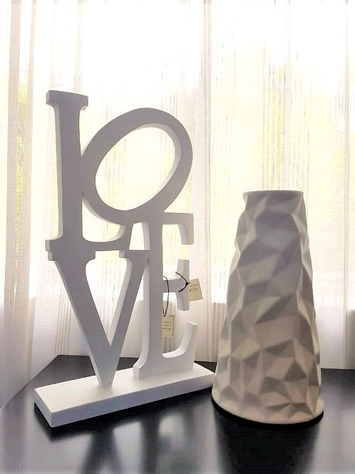 Figura Love