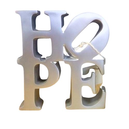 Figura letra Hope