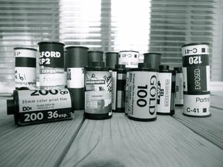 Dove acquistare materiale fotografico analogico