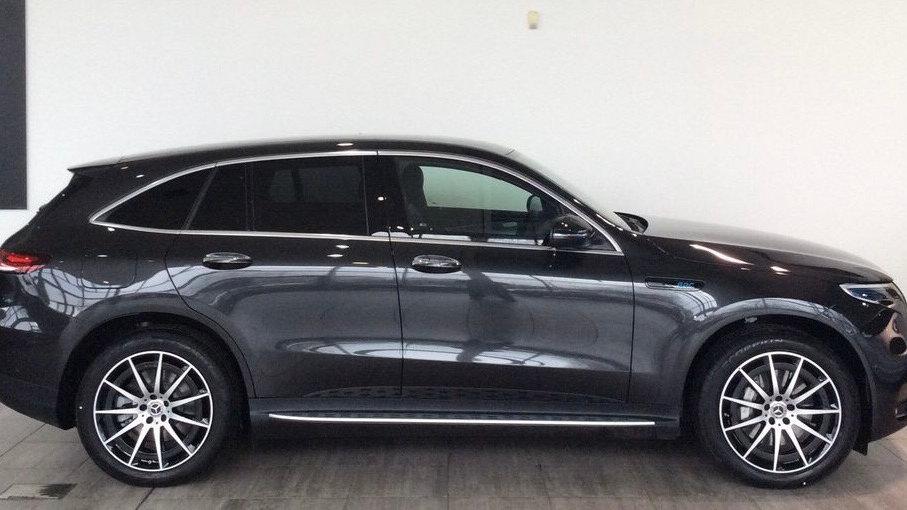 2021 Mercedes-Benz EQC 400 80kWh AMG Line