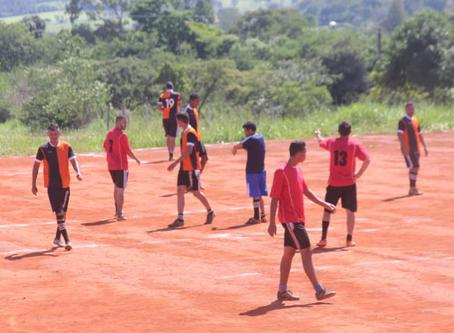 Senador Canedo [Esporte]: prefeitura prestigia atividades esportivas como meio de integração social.