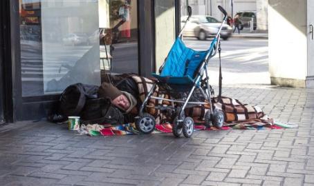 Vamos erradicar a pobreza, e não destruir a riqueza.