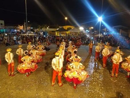 Festival de Folclore contagia público em Senador Canedo.