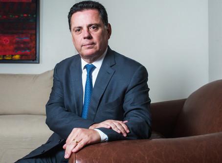 Polícia Federal faz buscas em endereços do ex-governador de Goiás Marconi Perillo.