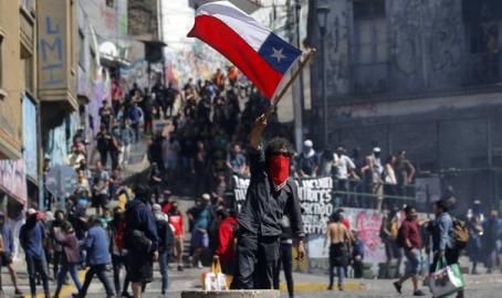 O populismo ataca o Chile.