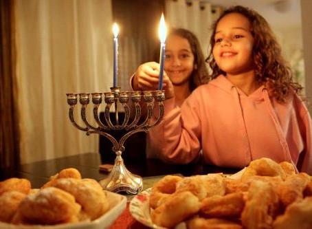 Festas judaicas: Se libertando do paganismo do Natal. O que é Hanukkah?