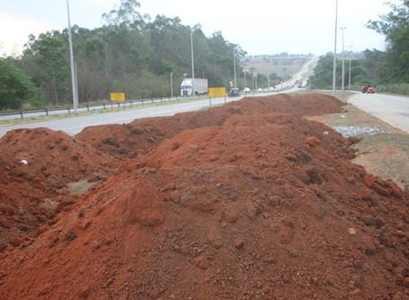 Senador Canedo [Infraestrutura]: Iniciaram-se as obras no trevo da rodovia que vem do Flamboyant.