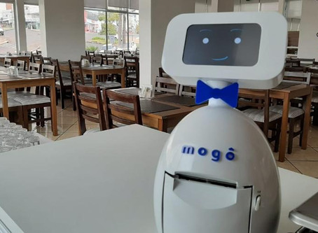 Restaurantes usam robô para pesar pratos e dar boas-vindas aos clientes.