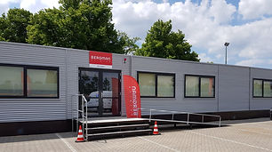 Temporary Building for Bergman Clinic in