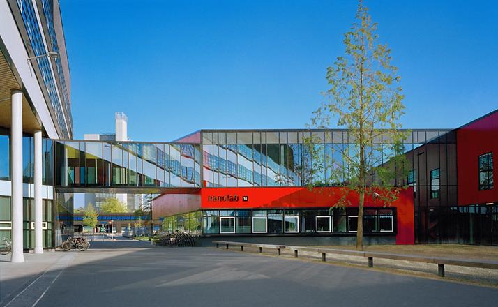 0507-NanoLab-Universiteit-Twente-ext07-1