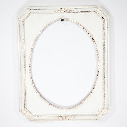 18x24Cream Spandral Oval InlayOrnateModena Framewith an Antiqued Finish