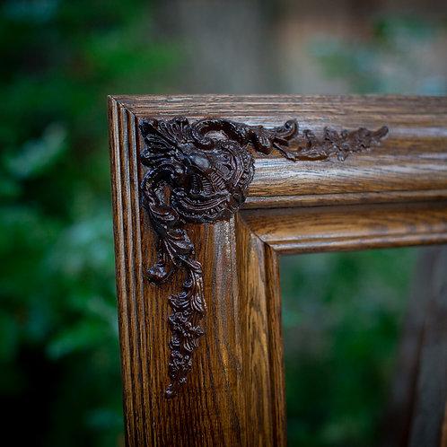 20x24 oak frame with ornate corners