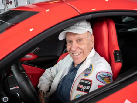 Happy birthday to me: Leesburg veteran buys himself a Corvette for his 90th