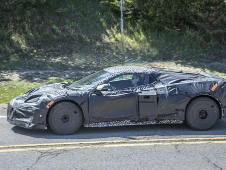 Corvette C8 Z06 Spied Testing With Ferrari 458 Italia