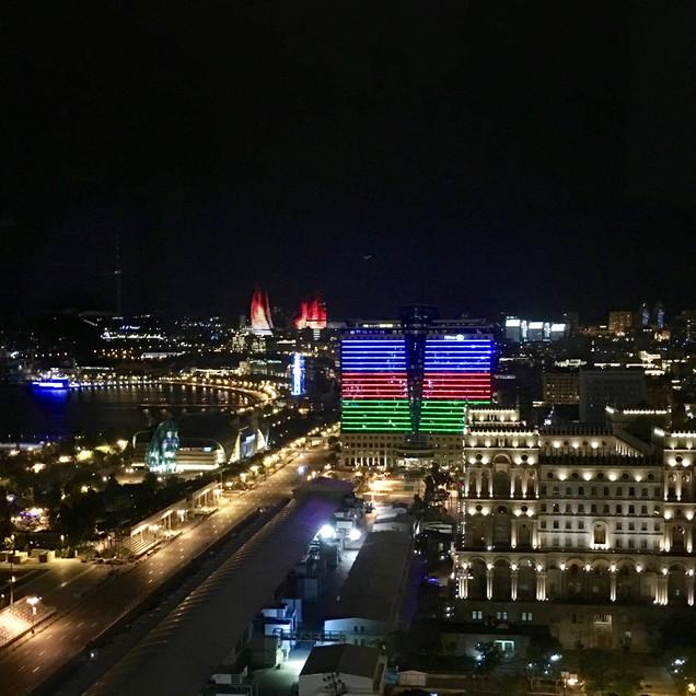 Baku nocturna