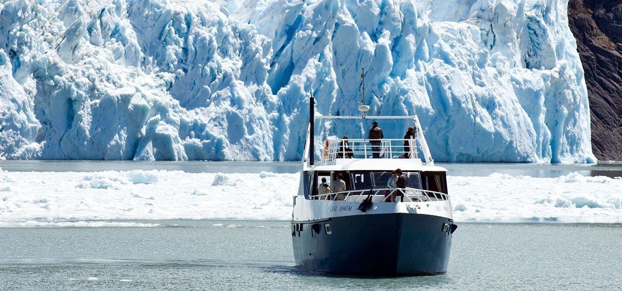 Navegando el Lago Argentino