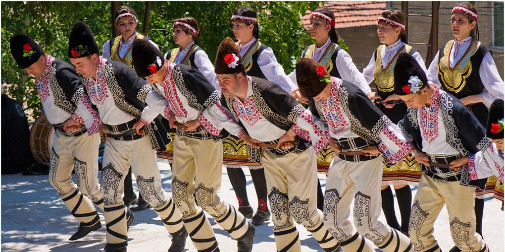 Horo, el baile típico búlgaro