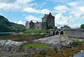 eilean-donan-castle-665556_1280.jpg