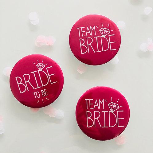 Badge pour EVJF mariée et Team bride en rose