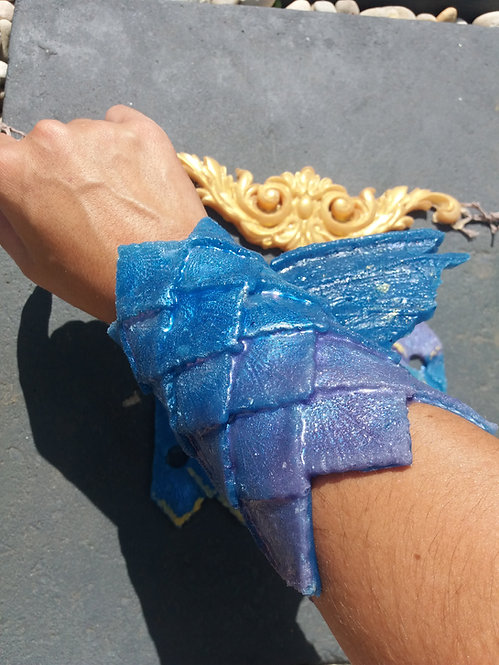 Silicone scaled Bracer Pair