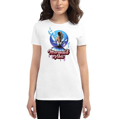 Mermaid Vibes illustration - Women's short sleeve t-shirt