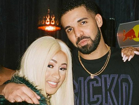 AMERICAN MUSIC AWARDS ARE ALMOST HERE! DRAKE AND CARDI B ARE RUNNING NECK TO NECK!